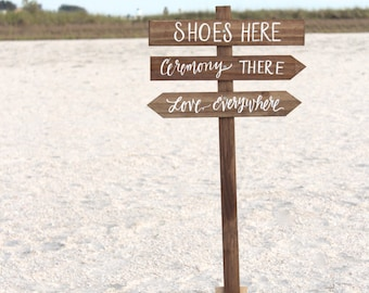 il 340x270.749761022 dy1i - wedding beach signs
