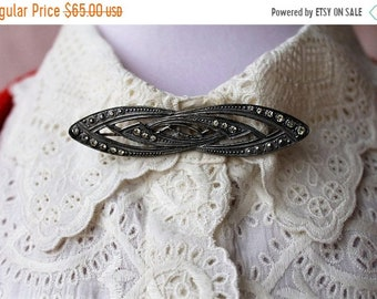 SAVE NOW 50% OFF Vintage Art Deco 1920's Silver and Rhinestone Elongated Brooch True Vintage
