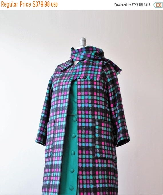 Vintage Scarf Styles -1920s to 1960s Save 50 Now Swing Coat Comfort Colors Warm Winter Green Wool Black Cape Plaid Scarf 1950s-1960s $35.00 AT vintagedancer.com
