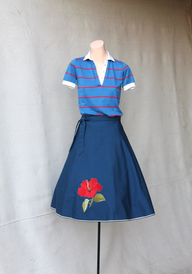 size Medium 50/% off SAVE NOW SALE Navy Blue Gabardine Wrap Circle Skirt With Lipstick Red Hibiscus Flower Applique by Shirley Gadol Co