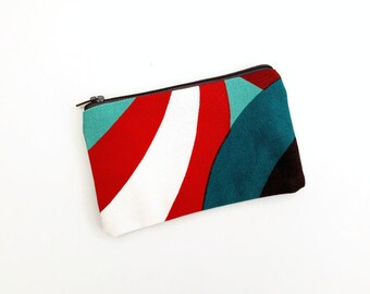"""Marimekko Spinning Zipper Pouch - Iphone Pouch - Colorful Coin Purse - Makeup bag - Cosmetic bags - Coin Pouch - Pochette - 15X9 cm (6X3.5"""")"""