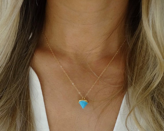 Dainty Turquoise Point Necklace