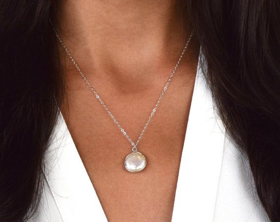 Silver Solitaire Coin Pearl Necklace