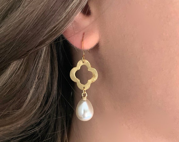 Gold Pearl and Quadrifoil Dangle Earrings