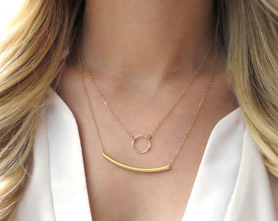 Dainty Layer Necklace with Open Circle and Bar