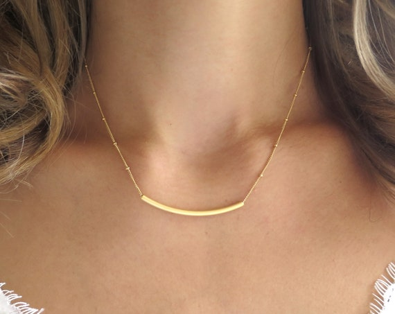 Curved Gold Bar Necklace
