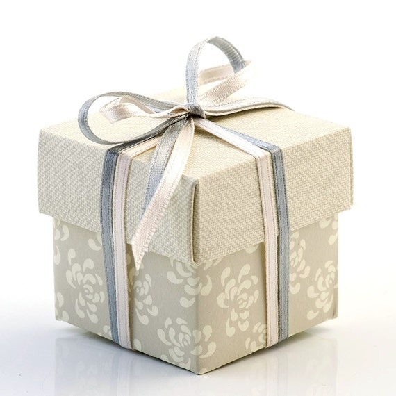 Small Square Floral Gift Boxes Wedding Favor Boxes With Lid
