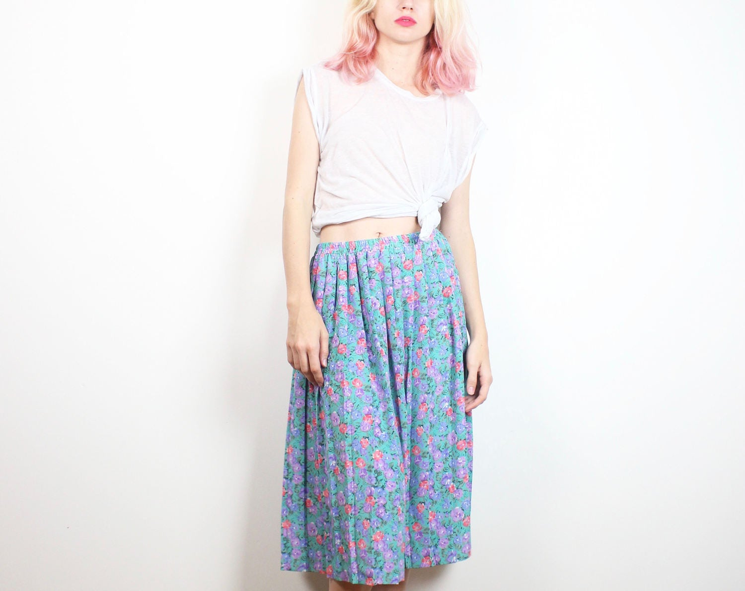 654f33a6ce Uo Green Ditsy Floral Crinkle Midi Skirt – DACC