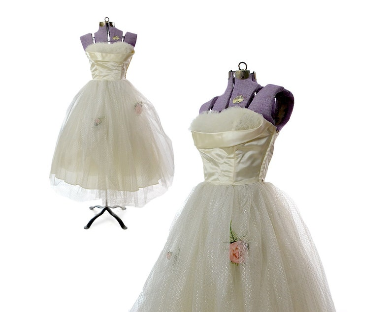 d7842b57a9c Size XS vintage wedding dress 50s 1950s cupcake pinup short