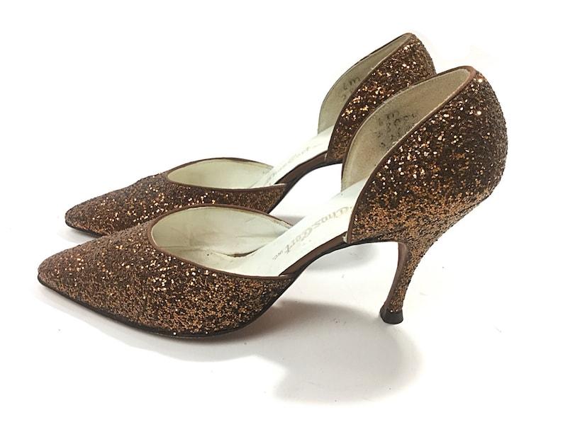 8c2d5f6324a Bronze heels Size 6 bronze pumps bronze shoes retro glitter