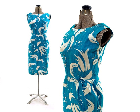 Size small vintage 1950s hawaiian print dress vint