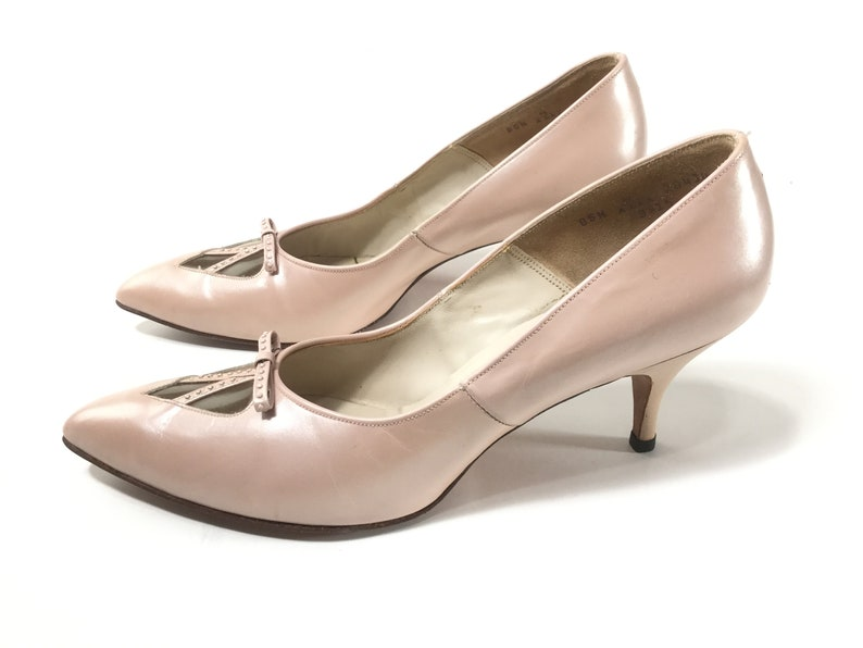 101bd47fed01c9 Size 8.5 N pink vintage 1950s shoes high heels pink stilettos