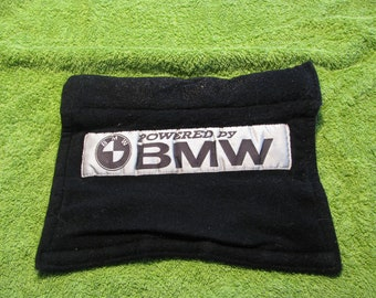 Vintage BMW 325is (1989) wheel cover.