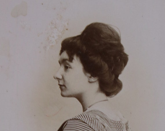 French Carte de Visite of Woman in Profile