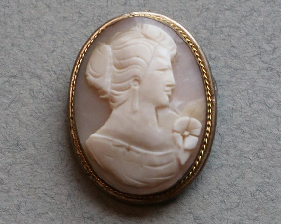 Vintage Cameo Brooch and Pendant of Asian Woman