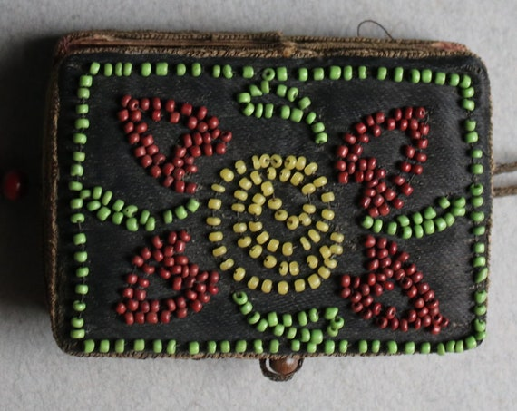 Early 20th Century Beaded Finger Purse