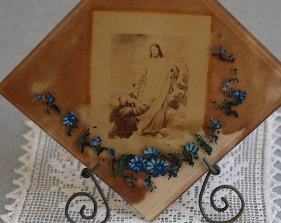 Glass Tile of Jesus in Wire Picture Stand with Doily