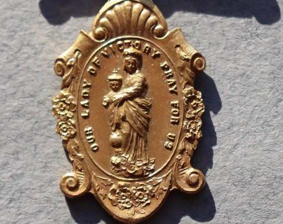 Our Lady of Victory, Miraculous Medal Antique Brooch