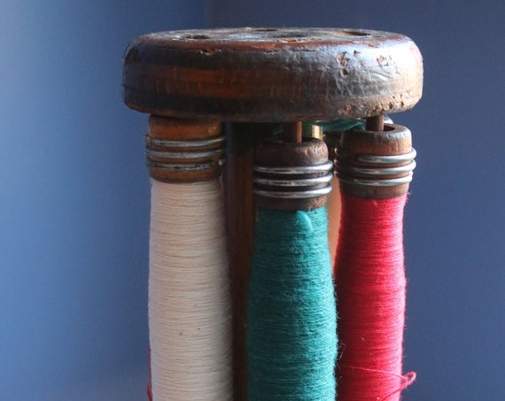 Wooden Quill Bobbins with Wooden Holder
