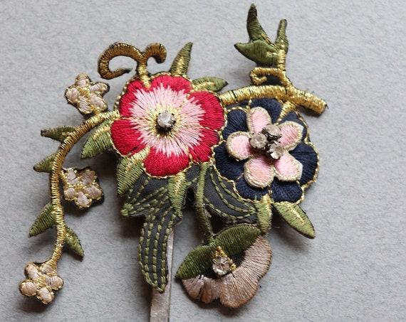 French Floral Boutonnière