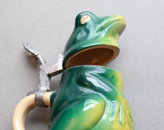 West German E & R Frog Stein