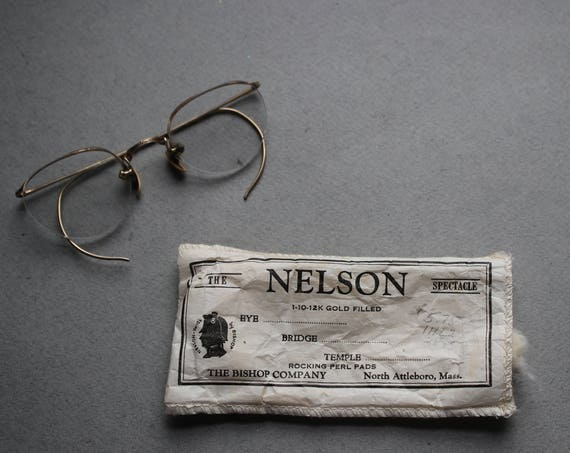 Vintage The Nelson Spectacle by The Bishop Company