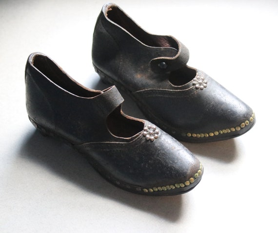 18th-19th Century Children's Clogs from Lancashire