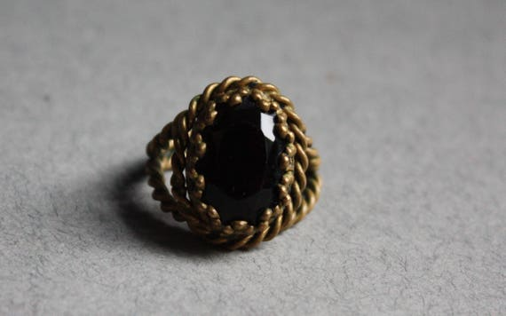 Braided Brass Shank Ring with Black Glass Stone