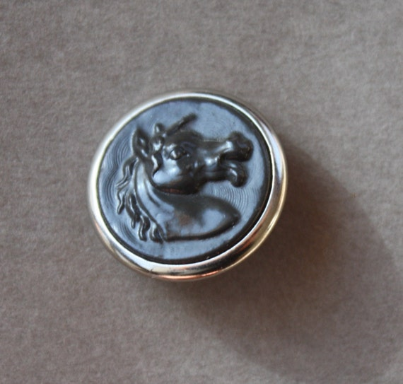 French, Metal, Antique Sporting Button with Horse Head Profile and R L & F (RF) Paris Back Mark, circa 1800s