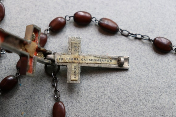 Ex Terra Catacombarum/Agus Dei Reliquary/Rosary of Spina Christi Seeds with Soil from Catacombs
