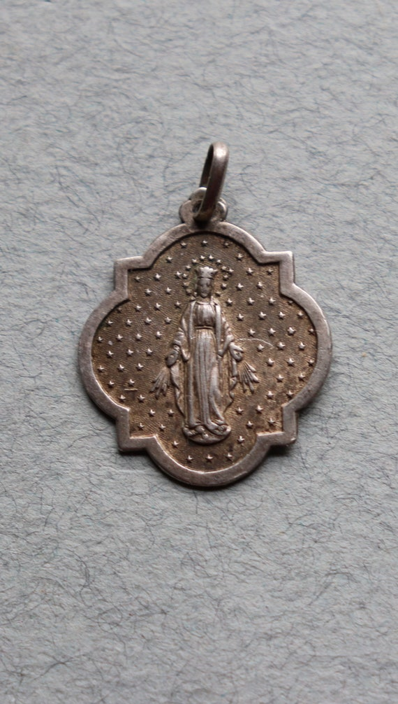 French, First Communion Medal