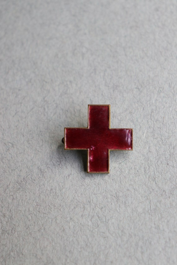WWI, French (Croix-Rouge Française) Red Cross Pin