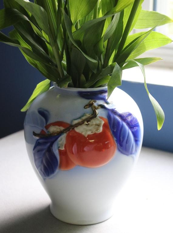 Fukagawa-sei, Japanese Persimmon Vase