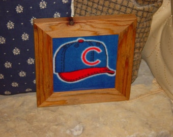FREE SHIPPING Solid rustic cedar custom framed Chicago Cubs hat oak finish fleece quilt square country display