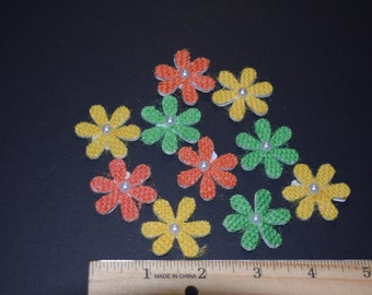 FREE SHIPPING 30 burlap daisy flower scrapbook craft embellishments 3 dimensional spring colors