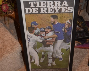 FREE SHIPPING Los Angeles Dodgers 2020 World Series Champions complete framed original newspaper Spanish cover