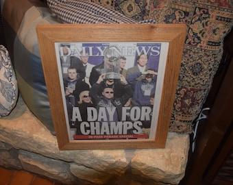 FREE SHIPPING Rare 2009 New York Yankees custom framed complete original newspaper oak finish World Series Parade Edition