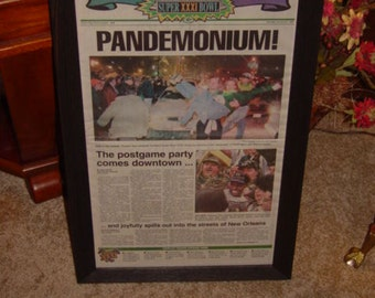 FREE SHIPPING Green Bay Packers 1997 framed solid cedar Super Bowl XXXI Edition original newspaper dark finish Pandemonium