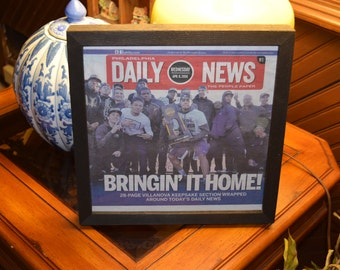 FREE SHIPPING Villanova custom framed original newspaper 2016 NCAA Basketball champions Keepsake section dark finish