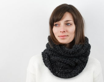 Chunky Knit Cowl Scarf, Wool Blend | THE STRASBOURG in Charcoal