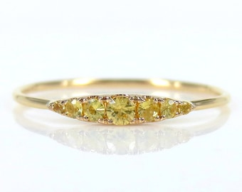 Seven-Stone Graduated Yellow Sapphire Ring in 18K Yellow Gold