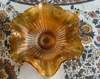 """Gold Carnival Glass Bowl, Serving Dish, Wavy Petal Shaped,  Exc. Condition, 6 1/2"""" Across, 2 1/2"""" High Amber  Marigold"""
