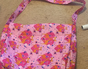 Pink Giraffes in Love Messenger Bag