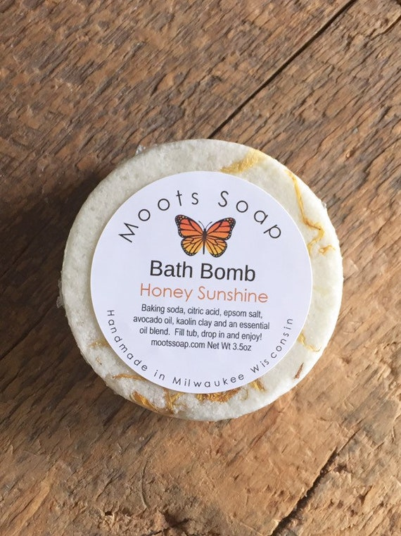 Bath Bomb - Avocado oil - Essential Oils - Citrus