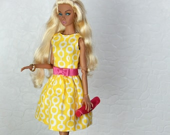 "Yellow and white pattern dress with pink bow belt for Fashion Royalty, FR2, Poppy Parker, NuFace, Barbie and other 12"" fashion dolls"
