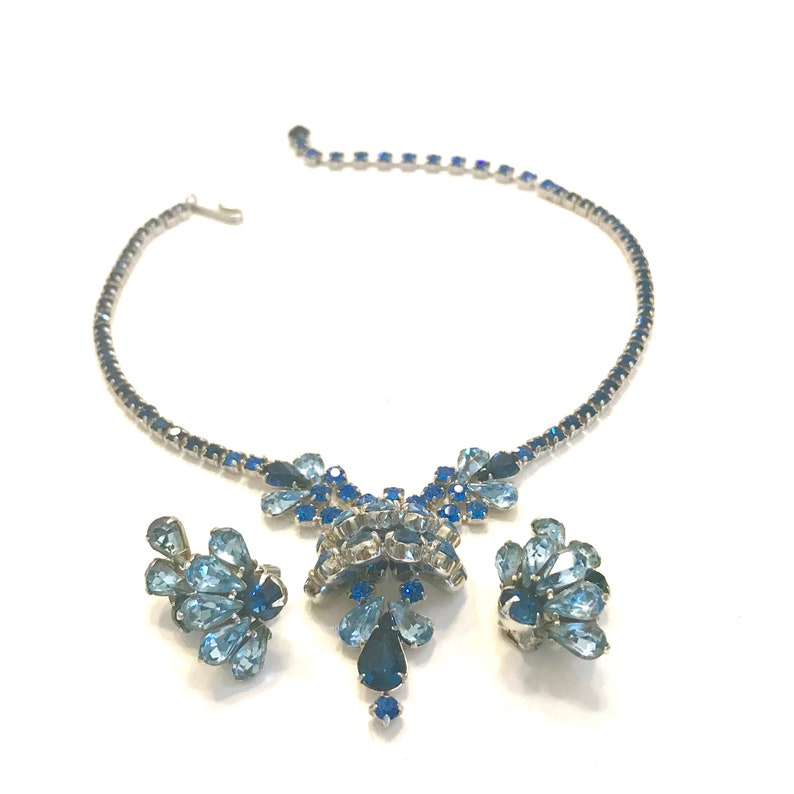 Juliana Blue Rhinestone Full Parure Necklace Bracelet Brooch /& Earrings HTF Set Dimensional Layered Floral Design Wedding Special Occasion