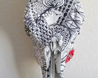 Black and White Doodle Decorative Cow Skull with Rhinestone Red Lips
