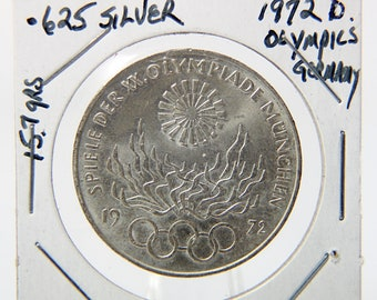 1972 D German 10 Mark Silver Coin - Munich Olympics - Commemorative Issue - Olympic Flame