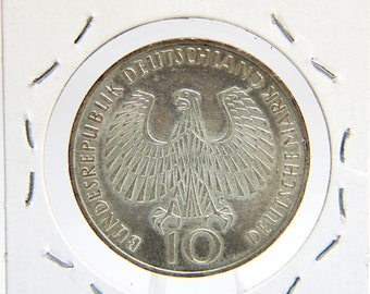 1972 G Mint Mark German 10 Mark Silver Coin - Munich XX Olympics - Commemorative Issue - Olympic Flame