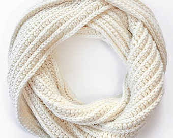 Pattern: Super Plush Faux-Knit Infinity Scarf Crochet Pattern PDF (Crochet Pattern by Little Monkeys Crochet) Scarf Crochet Pattern Easy